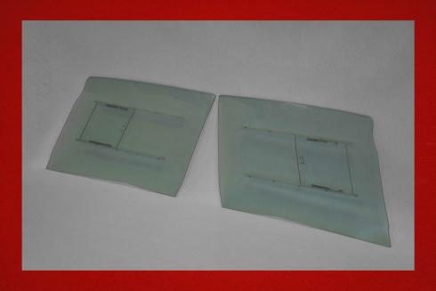 Kunststoff Türscheiben mit Schiebefenster 914 5 mm in grün getönt
